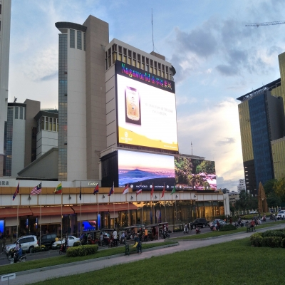 Business Advertising Display (Indoor / Outdoor LED video wall display)